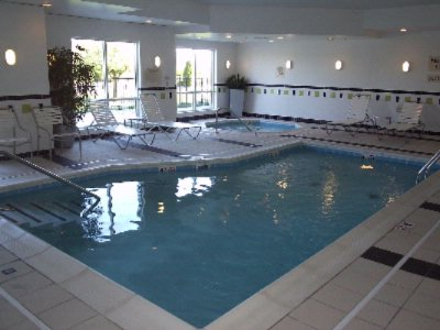 De-Stress In Our Indoor Heated Pool And Spa 7 of 7