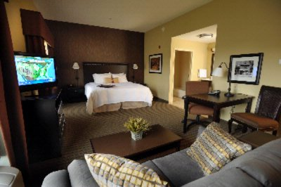 Need Extra Room? Try A Suite! 18 of 22
