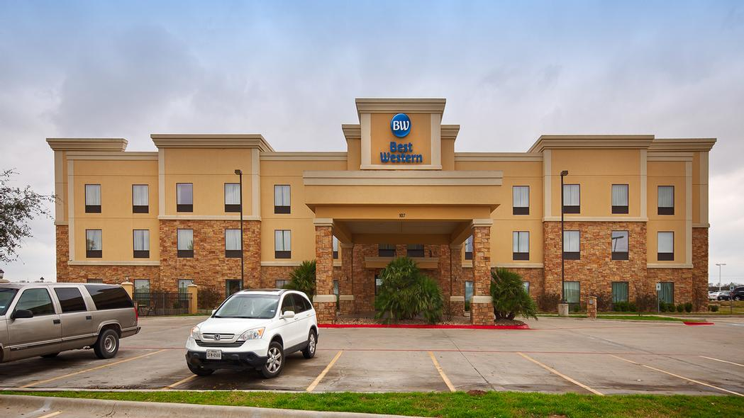 Image of Best Western Bastrop Pines Inn