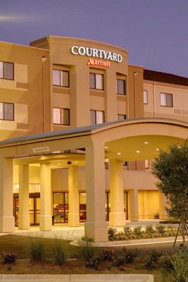 Image of Courtyard by Marriott Airport West