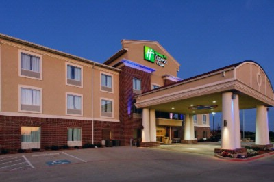 Holiday Inn Express Cleburne 1 of 9