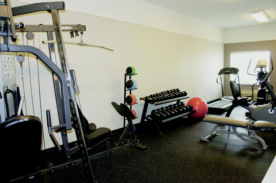 Well Equipped Fitness Room 6 of 15
