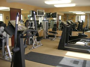 Exercise Room -Cardio & Weights 5 of 10