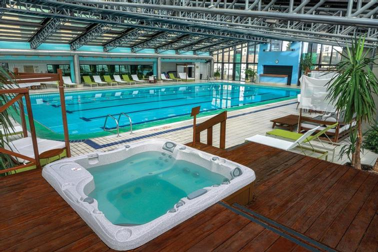 Indoor Swimming Pool 13 of 13