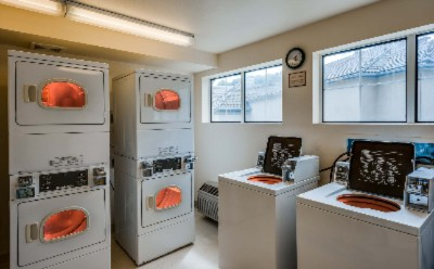 Onsite Laundry Facilities 13 of 19