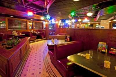 Max\'s Classic American Grill 3 of 7