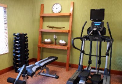 Fitness Room 7 of 8