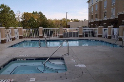 Outdoor Pool And Whirlpool 3 of 3