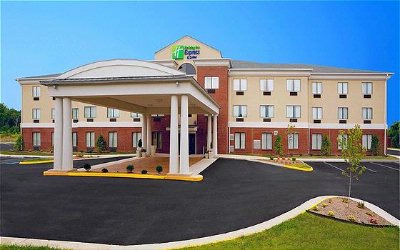 Image of Holiday Inn Express & Suites Thornburg S. Frederic