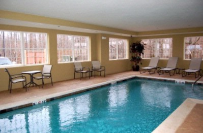 Indoor Pool 6 of 19