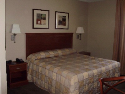 Candlewood Suites Clarksville 1 of 5