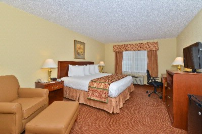 Reserve Our King Room With Large Work Desk And Stay Connected With Our Free High Speed Wireless Internet. 13 of 18