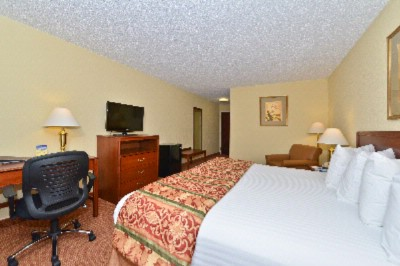 Reserve Our King Room With Large Work Desk And Stay Connected With Our Free High Speed Wireless Internet. 14 of 18