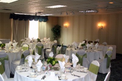 Banquet Room 6 of 9