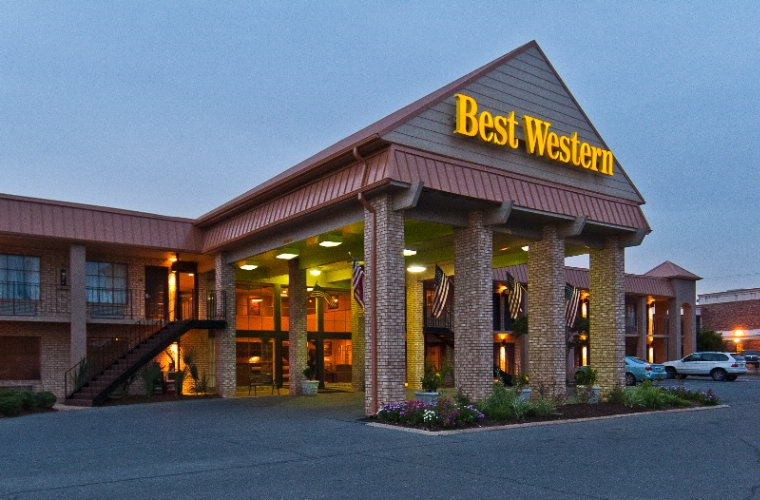 Best Western of Alexandria Inn & Suites & Conference Center 1 of 10