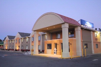 Howard Johnson Inn & Suites Exterior Front Elevation