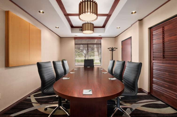 Boardroom 16 of 22