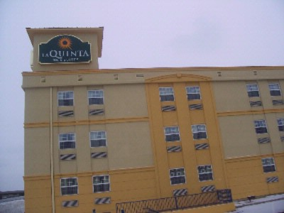 La Quinta Inns & Suites Blue Springs 1 of 8