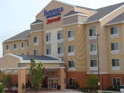 Fairfield Inn & Suites Weatherford 1 of 8