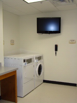 Guest Laundry Room 7 of 8