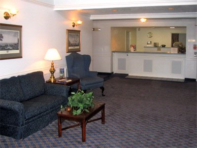 Best Western Grand Manor Inn Hotel Springfield Oregon Lobby Seating 6 of 15