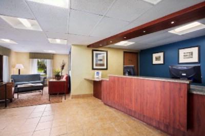 Motel  Rd Ave Cedar Rapids