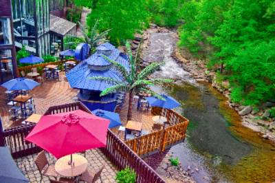 Skyy Vu Deck Bar 3 of 11
