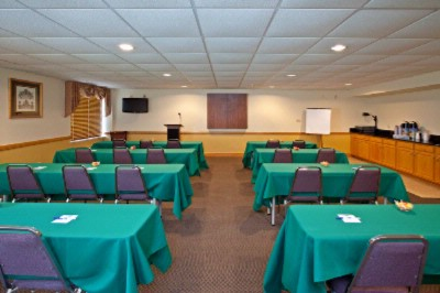 Our Meeting Room Is Great For Any Event. 10 of 16