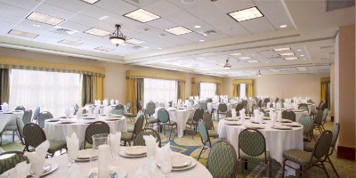 Banquet Room 14 of 18