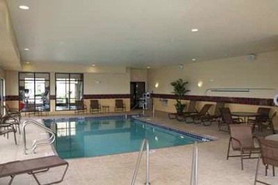 Indoor Pool And Jacuzzi 3 of 18