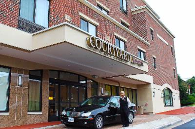 Courtyard by Marriott Fredericksburg Historic Dist 1 of 10