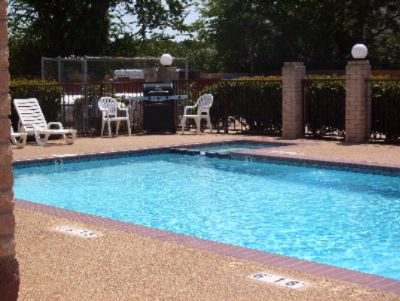 Swimming Pool W/ Bbq Grille 6 of 6