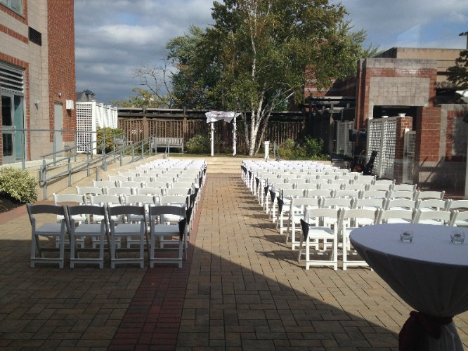 Lower Locks Patio Perfect For A Wedding 6 of 15
