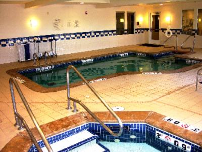 Indoor Pool & Spa 4 of 7