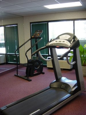 Fitness Room 3 of 11