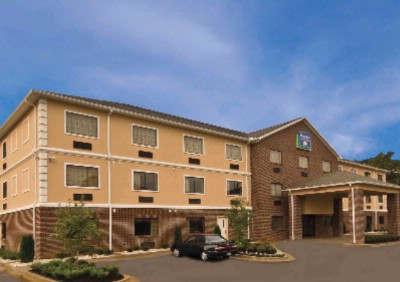 Image of Magnolia Inn & Suites