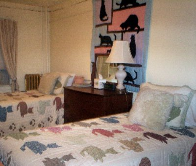 Cats & Dogs Quilts Guest Room 7 of 13