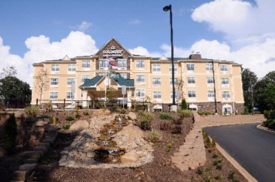 Country Inn & Suites Ashville West Biltmore 1 of 4