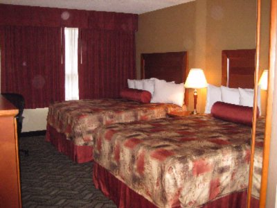 Room With 2 Double Beds (Upper Level Section) 7 of 13