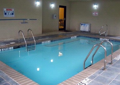 Indoor Heated Pool 5 of 9