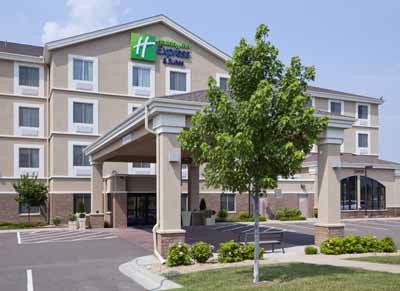 Newest Hotel In The Area -Holiday Inn Express & Suites Rogers Mn 2 of 22