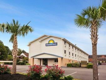 Days Inn Greenwood Sc 1 of 9