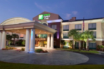 Holiday Inn Express & Suites Florence Civic Center 1 of 10