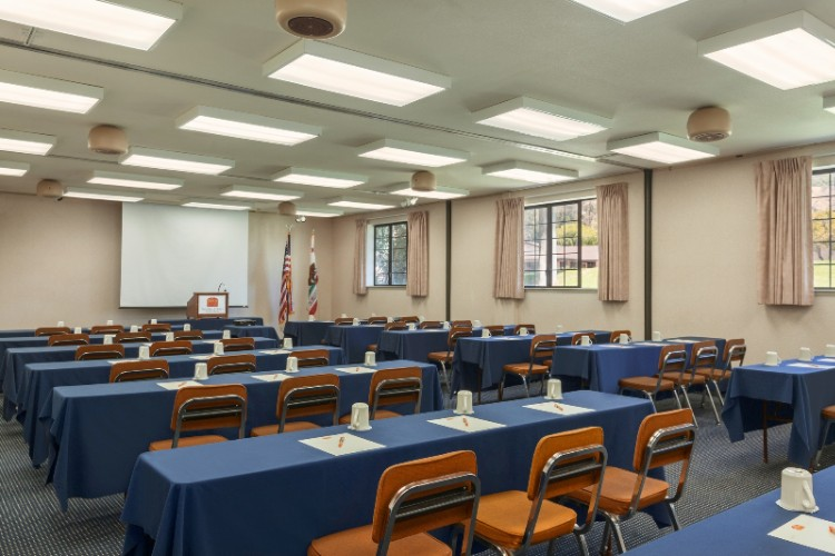 Conference Room For Up To 150 5 of 14