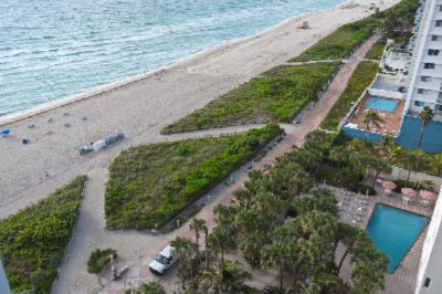 Aerial View Of Beach/pool 17 of 26