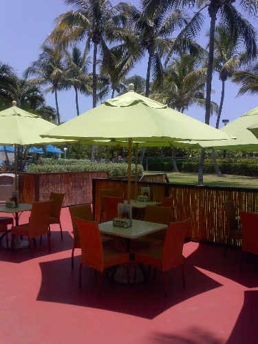 Tikki Bar At The Holiday Inn Miami Beach-Oceanfront 10 of 30