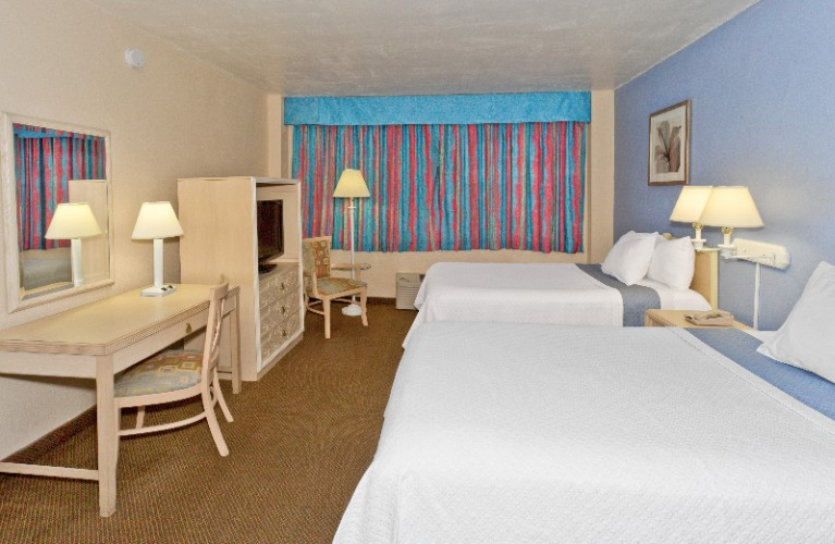 Stardard Guest Room With 2 Double Beds At The Lexington Hotel Miami Beach 23 of 31