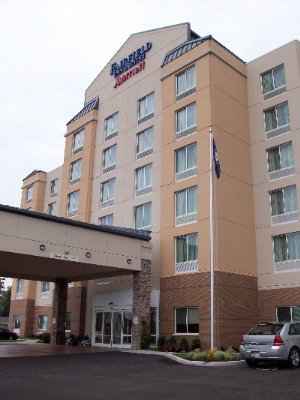 Fairfield Inn & Suites Lexington North 1 of 14