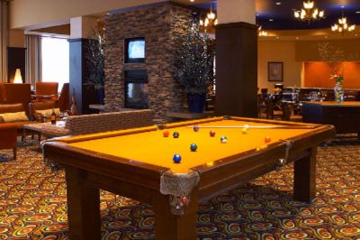 Olio Lounge & Billiard Table 8 of 11