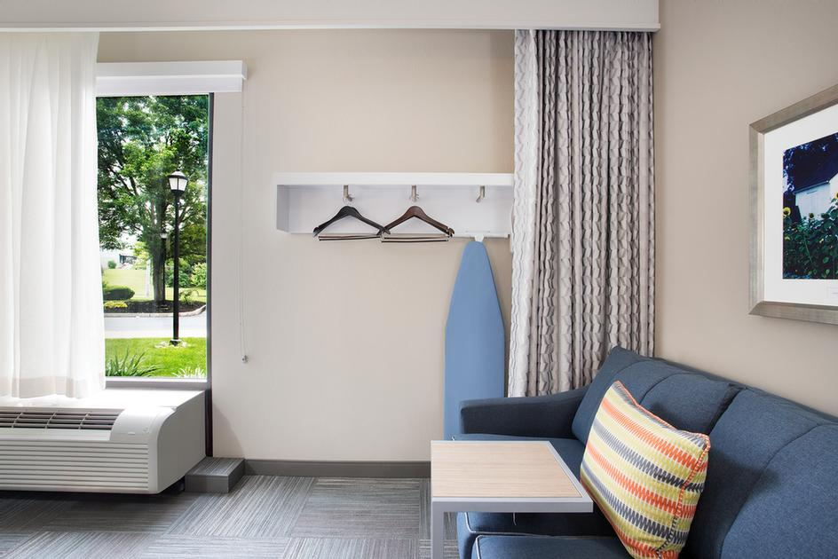 Our Soft Closets Allow You To Store Your Belongings Without Compromising On Floor Space! 8 of 10